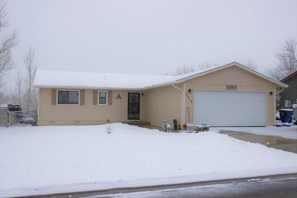 1210 Park Drive,Sheridan,Wyoming 82801,3 Bedrooms Bedrooms,2 BathroomsBathrooms,Residential,Park,18-228