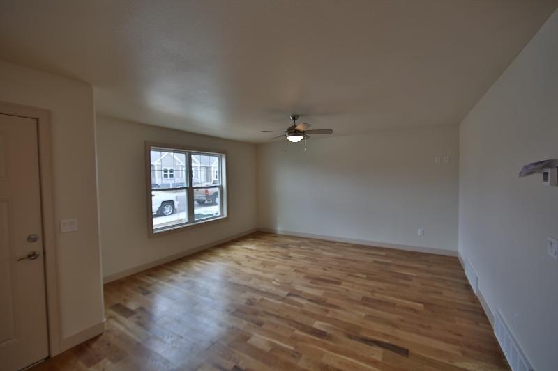 2038 Skyview West Drive,Sheridan,Wyoming 82801,3 Bedrooms Bedrooms,2 BathroomsBathrooms,Residential,Skyview West,18-249