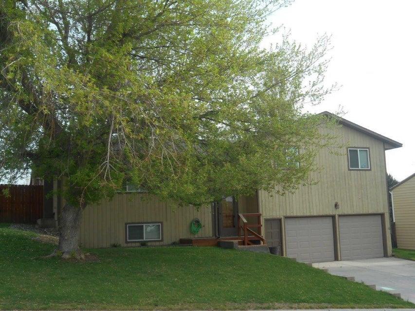 610 Apache Drive,Buffalo,Wyoming 82834,4 Bedrooms Bedrooms,2 BathroomsBathrooms,Residential,Apache,18-323