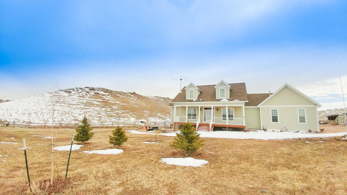 49 Barn Road,Buffalo,Wyoming 82834,5 Bedrooms Bedrooms,3 BathroomsBathrooms,Residential,Barn,18-327