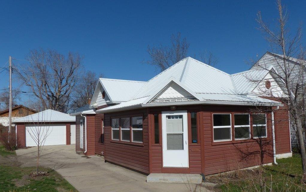 526 Broadway Street,Sheridan,Wyoming 82801,3 Bedrooms Bedrooms,1 BathroomBathrooms,Residential,Broadway,18-335