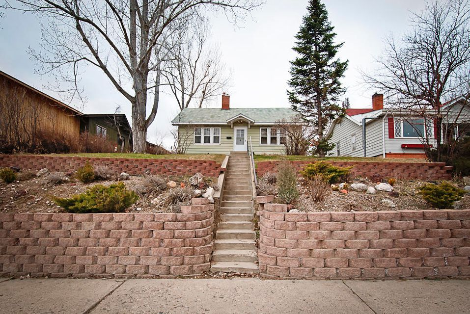 730 Main Street,Sheridan,Wyoming 82801,3 Bedrooms Bedrooms,2 BathroomsBathrooms,Residential,Main,18-338