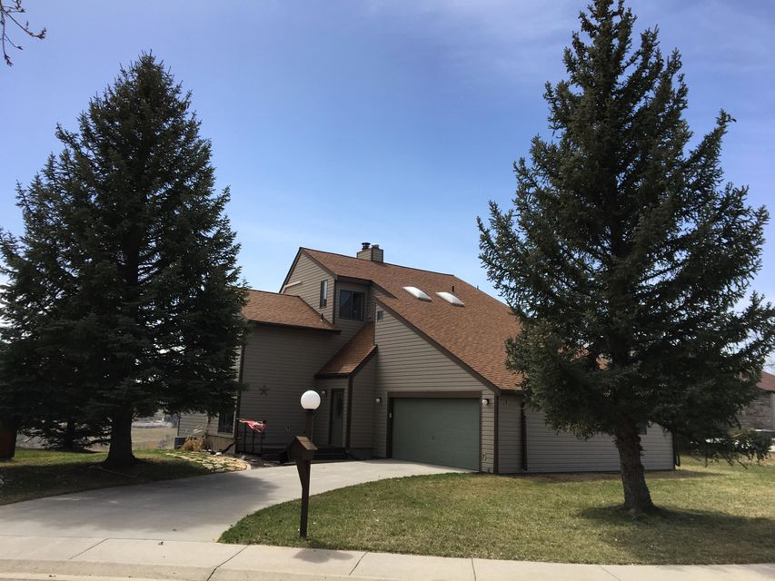 1750 Meadowlark Lane,Sheridan,Wyoming 82801,4 Bedrooms Bedrooms,2.5 BathroomsBathrooms,Residential,Meadowlark,18-377