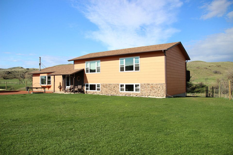 64 Murphy Gulch Road,Banner,Wyoming 82832,3 Bedrooms Bedrooms,2 BathroomsBathrooms,Residential,Murphy Gulch,18-425