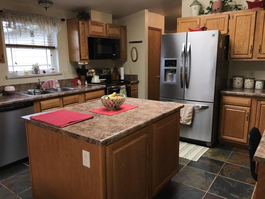 8929 US HWY 16 Buffalo,Wyoming 82834,5 Bedrooms Bedrooms,4 BathroomsBathrooms,Residential,US HWY 16,18-487