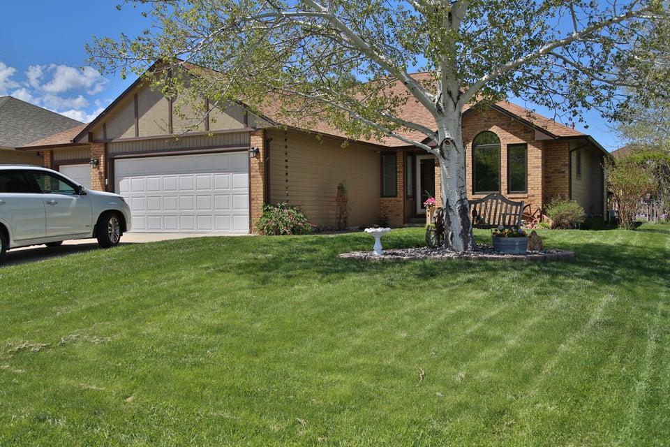 1757 North Heights Circle,Sheridan,Wyoming 82801,4 Bedrooms Bedrooms,2 BathroomsBathrooms,Residential,North Heights,18-495