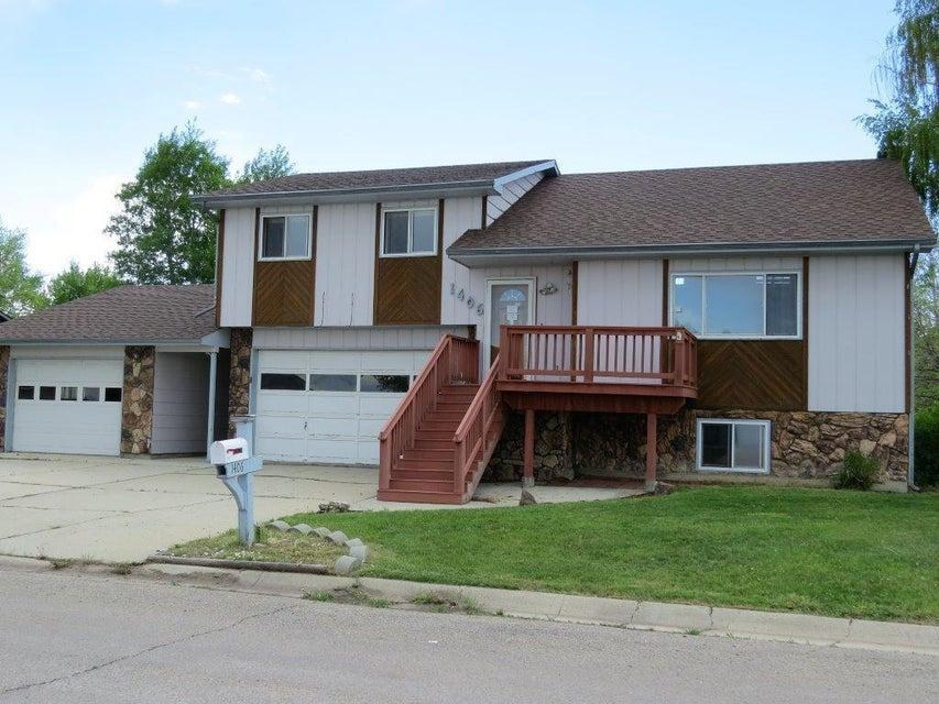 1406 North Heights Road,Sheridan,Wyoming 82801,4 Bedrooms Bedrooms,2.5 BathroomsBathrooms,Residential,North Heights,18-514