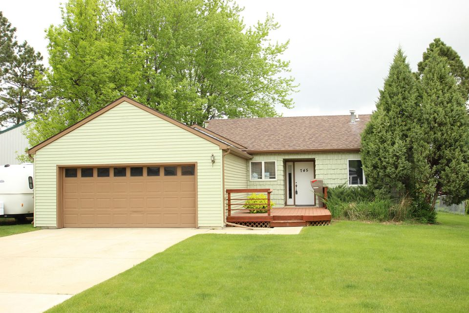 745 Huntington Street,Sheridan,Wyoming 82801,3 Bedrooms Bedrooms,2 BathroomsBathrooms,Residential,Huntington,18-511
