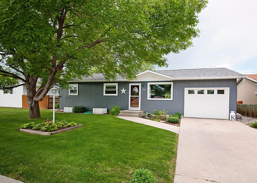1818 Kennedy Street,Sheridan,Wyoming 82801,3 Bedrooms Bedrooms,1.5 BathroomsBathrooms,Residential,Kennedy,18-519