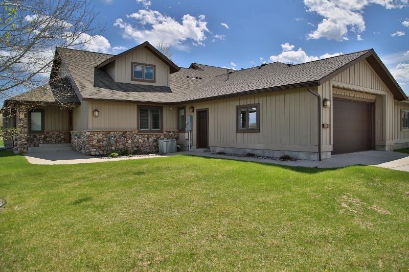 54 River Rock Road, Sheridan, Wyoming 82801, 2 Bedrooms Bedrooms, ,2.5 BathroomsBathrooms,Residential,For Sale,River Rock,18-552