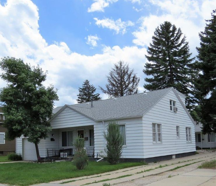 946 Gladstone Street, Sheridan, Wyoming 82801, ,Multi-Unit,For Sale,Gladstone,18-144