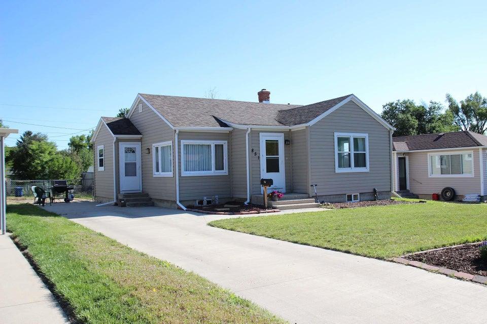 851 Lewis Street,Sheridan,Wyoming 82801,3 Bedrooms Bedrooms,1 BathroomBathrooms,Residential,Lewis,18-711