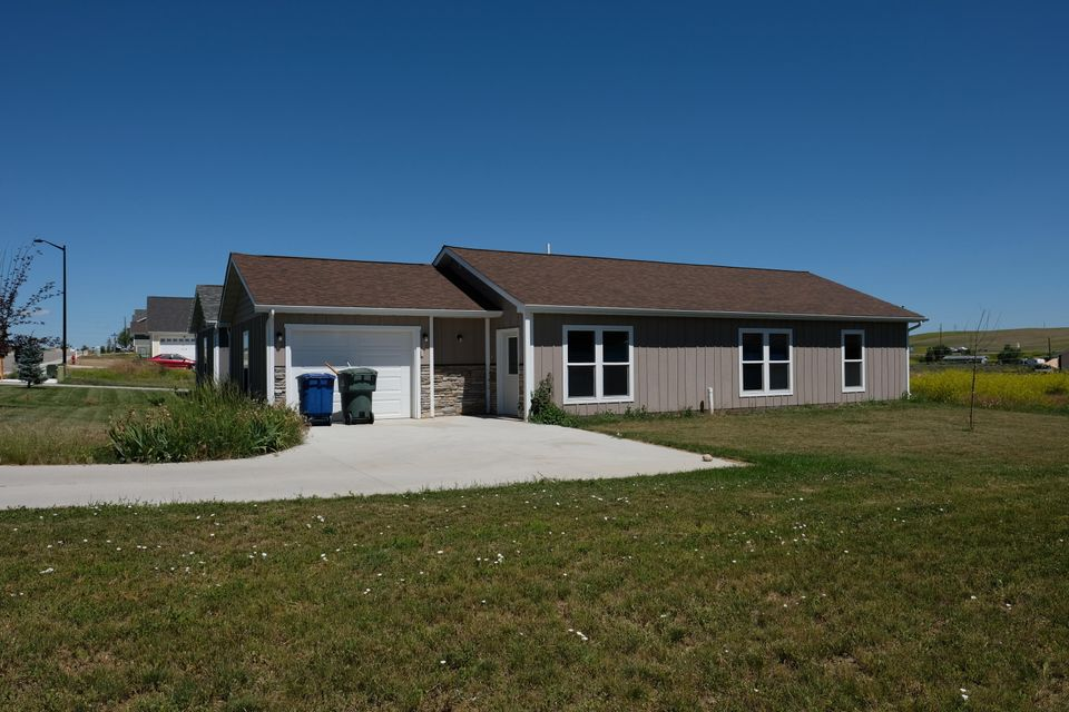 1742 Lookout Point Drive,Sheridan,Wyoming 82801,3 Bedrooms Bedrooms,1.5 BathroomsBathrooms,Residential,Lookout Point,18-719