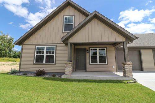 2013 Skyview West Drive,Sheridan,Wyoming 82801,3 Bedrooms Bedrooms,2 BathroomsBathrooms,Residential,Skyview West,18-696
