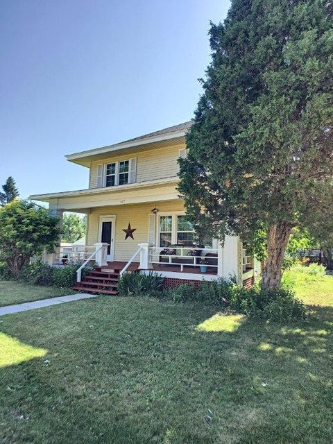 147 Burritt Avenue,Buffalo,Wyoming 82834,5 Bedrooms Bedrooms,2.75 BathroomsBathrooms,Residential,Burritt,18-740