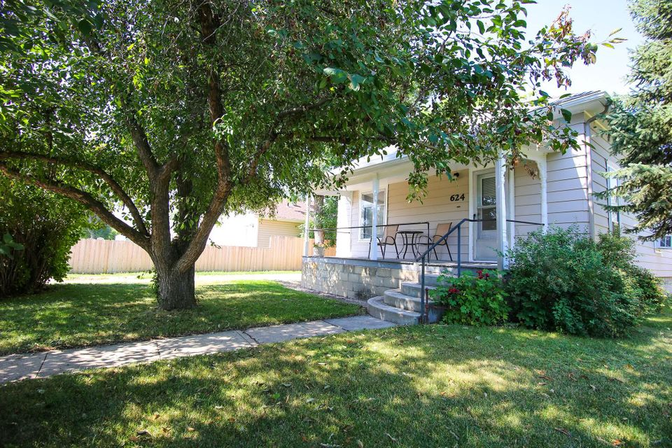 624 Canby Street, Sheridan, Wyoming 82801, 2 Bedrooms Bedrooms, ,1 BathroomBathrooms,Residential,For Sale,Canby,18-742