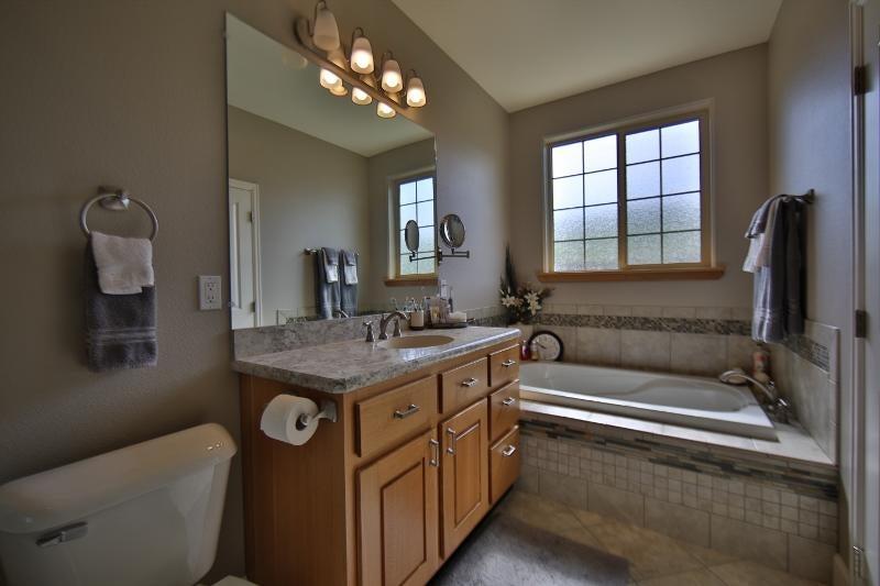 8 Black Mountain Drive,Dayton,Wyoming 82836,3 Bedrooms Bedrooms,2 BathroomsBathrooms,Residential,Black Mountain,18-745
