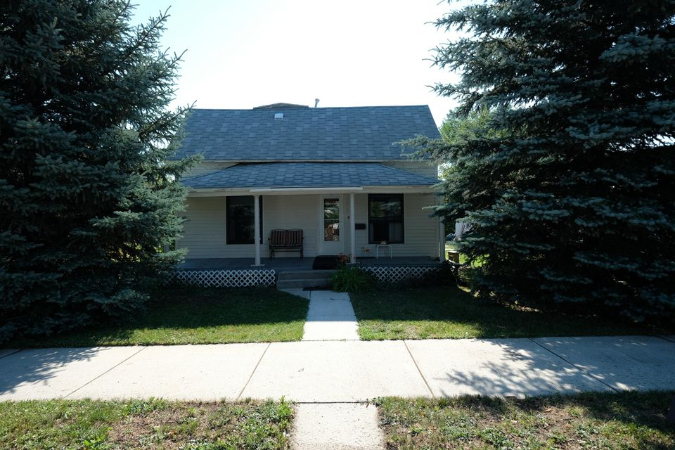 615 Marion Street,Sheridan,Wyoming 82801,3 Bedrooms Bedrooms,1.5 BathroomsBathrooms,Residential,Marion,18-792