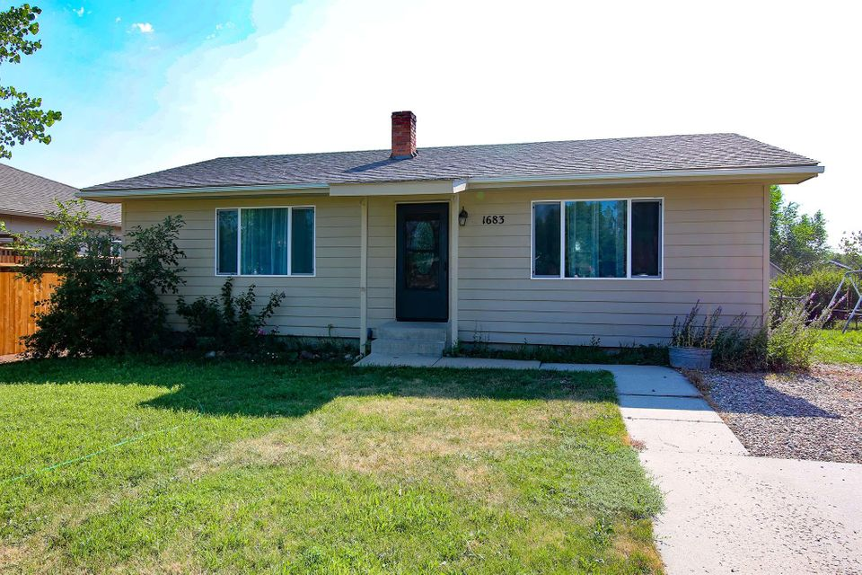 1683 North Heights Way, Sheridan, Wyoming 82801, 2 Bedrooms Bedrooms, ,1 BathroomBathrooms,Residential,For Sale,North Heights,18-803