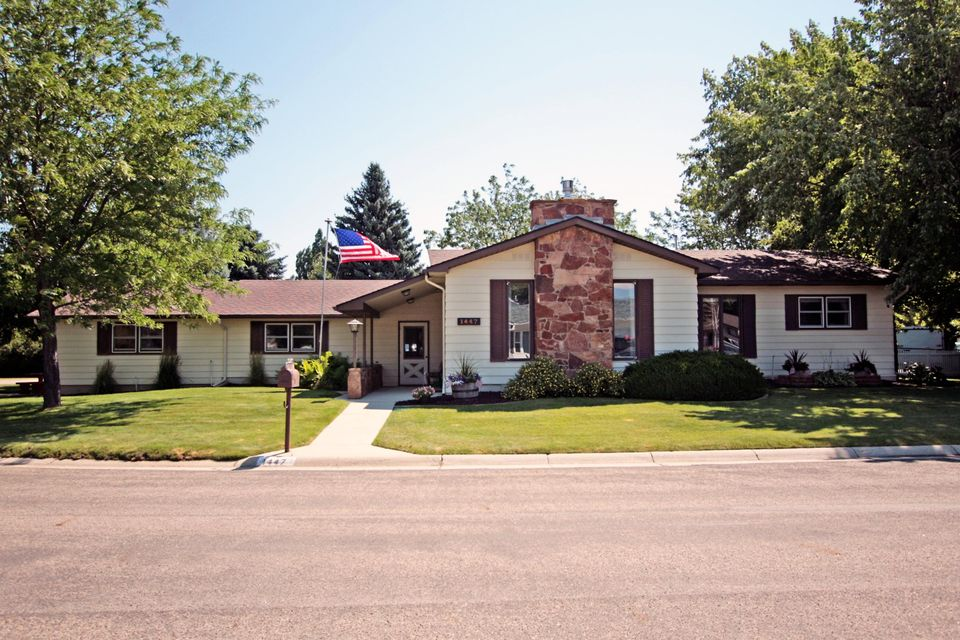 1447 Champion Drive, Sheridan, Wyoming 82801, 3 Bedrooms Bedrooms, ,3 BathroomsBathrooms,Residential,For Sale,Champion,18-836