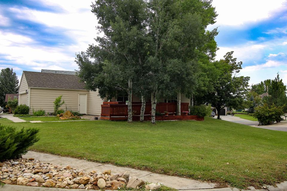 1870 Meadowlark Lane, Sheridan, Wyoming 82801, 4 Bedrooms Bedrooms, ,2 BathroomsBathrooms,Residential,For Sale,Meadowlark,18-832