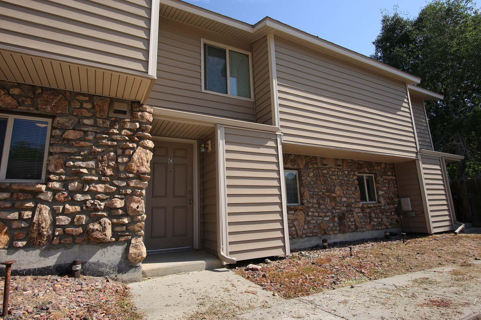 1977 Edwards Drive, Sheridan, Wyoming 82801, 2 Bedrooms Bedrooms, ,1 BathroomBathrooms,Residential,For Sale,Edwards,18-835