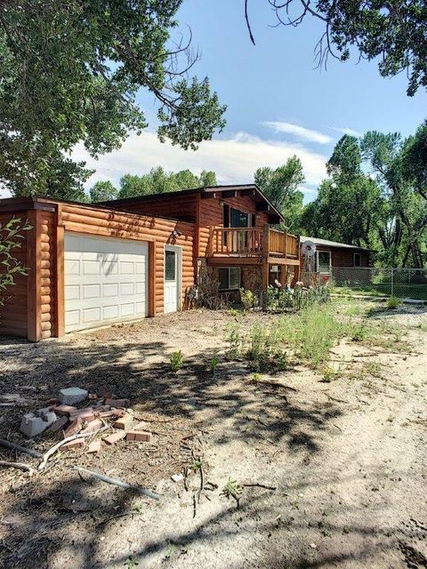 12 Chokecherry Lane, Buffalo, Wyoming 82834, 3 Bedrooms Bedrooms, ,3 BathroomsBathrooms,Residential,For Sale,Chokecherry,18-845