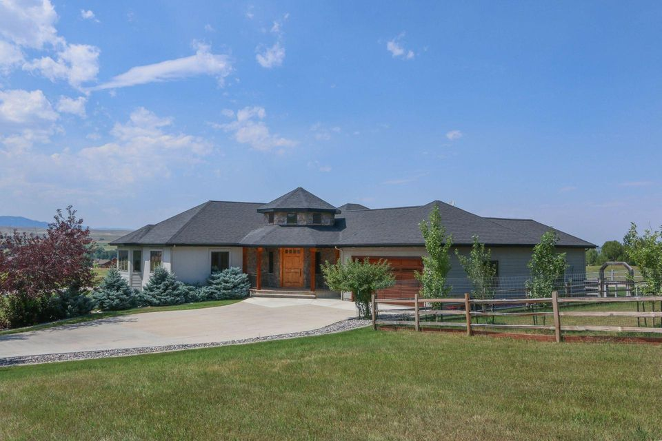 69 Turnberry Drive, Sheridan, Wyoming 82801, 4 Bedrooms Bedrooms, ,3.5 BathroomsBathrooms,Residential,For Sale,Turnberry,18-858