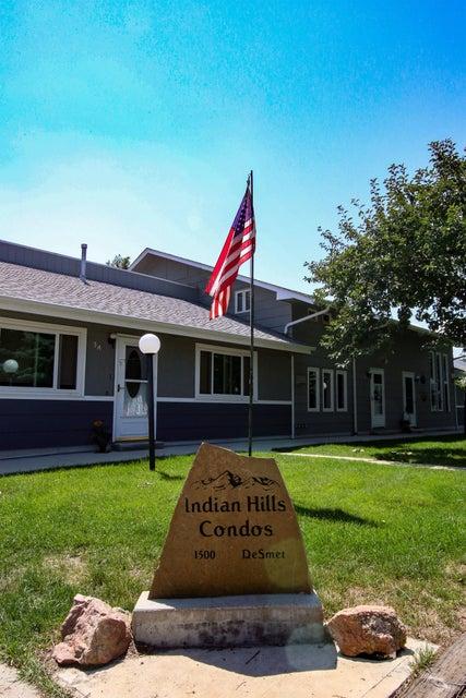 1500 De Smet Avenue, Sheridan, Wyoming 82801, 2 Bedrooms Bedrooms, ,1.5 BathroomsBathrooms,Residential,For Sale,De Smet,18-871
