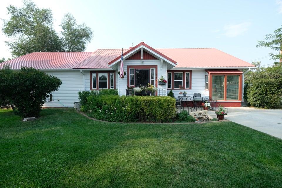 307 Huntington Street, Sheridan, Wyoming 82801, 3 Bedrooms Bedrooms, ,2 BathroomsBathrooms,Residential,For Sale,Huntington,18-889