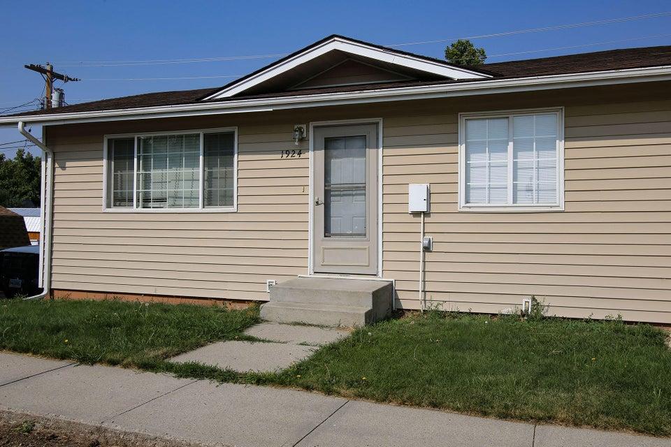 1924 Val Vista Street, Sheridan, Wyoming 82801, 3 Bedrooms Bedrooms, ,2 BathroomsBathrooms,Residential,For Sale,Val Vista,18-898