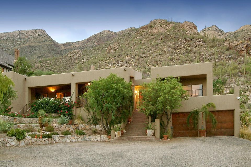 7063 N Mission Hill Lane, Tucson, AZ 85718