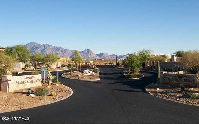 665 E Canyon Rock Road, Green Valley, AZ 85614