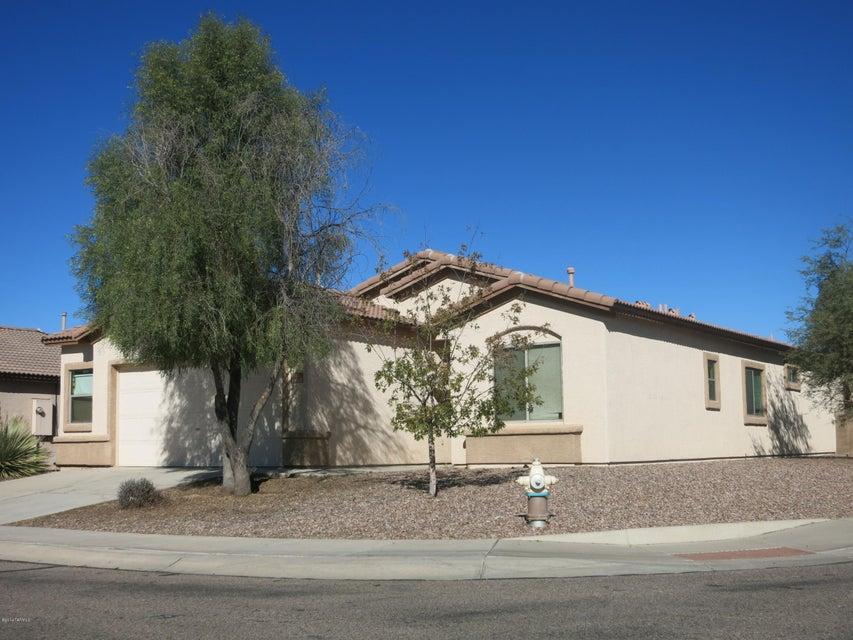 11038 W Willow Field Drive, Marana, AZ 85653
