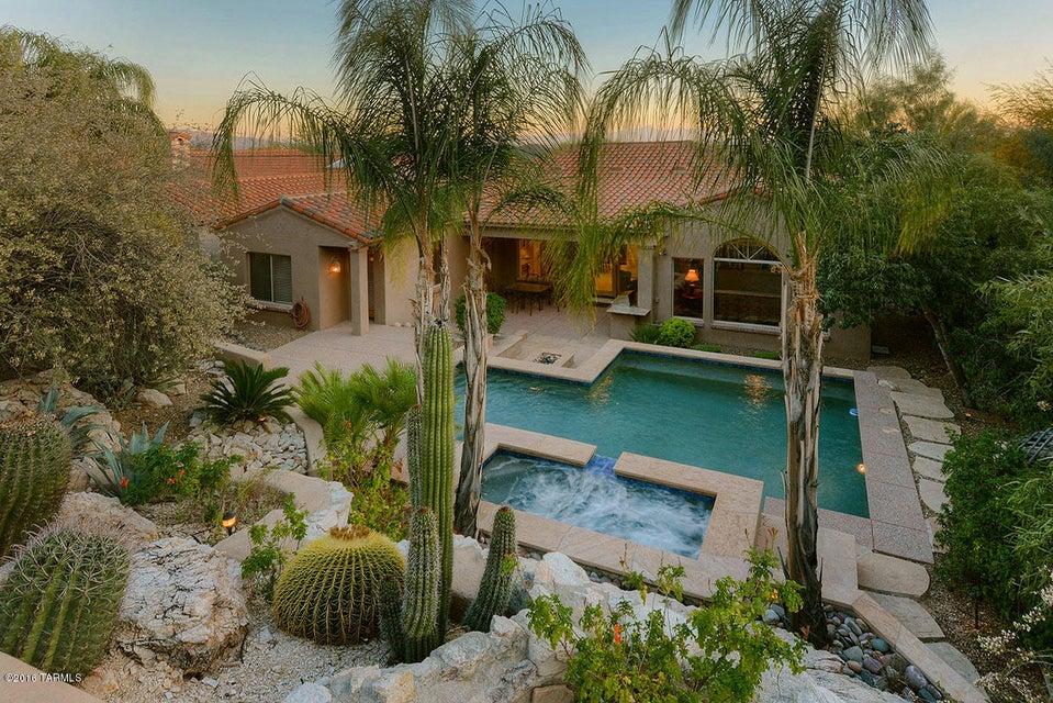 6416 N Desert Wind Circle, Tucson, AZ 85750