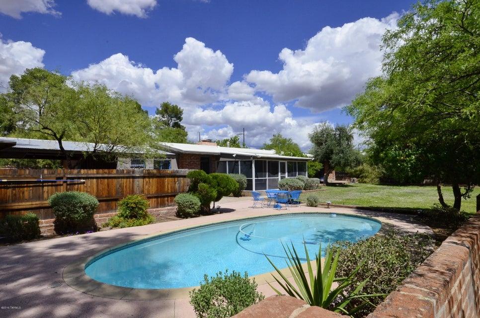 4130 E River Road, Tucson, AZ 85718