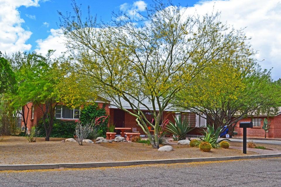 2550 E Hedrick Drive, Tucson, AZ 85716