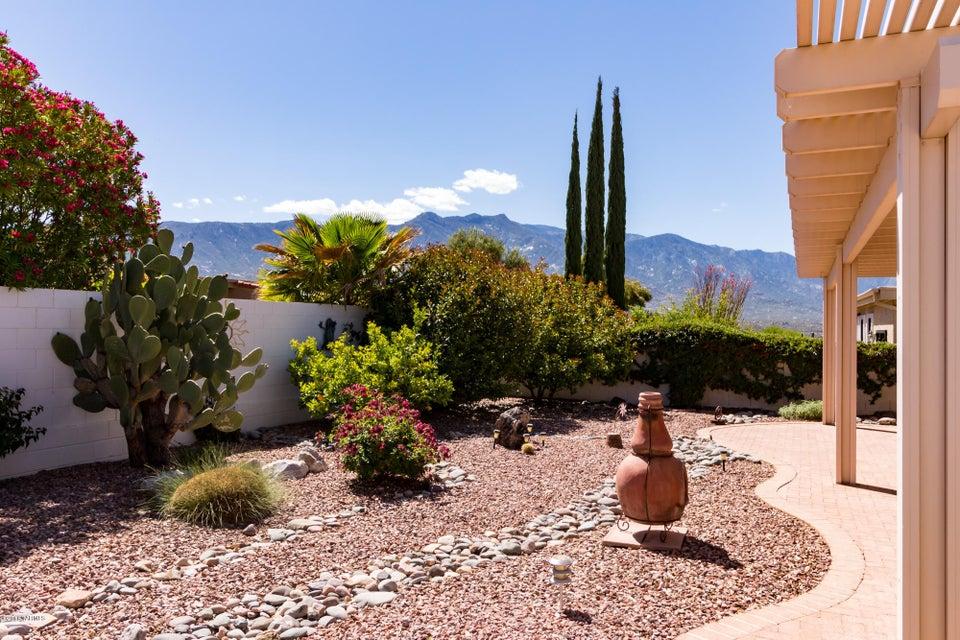 38339 S Silverwood Drive, Tucson, AZ 85739