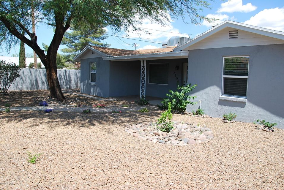 University of arizona homes for sale under 200 000 for Houses under 200000