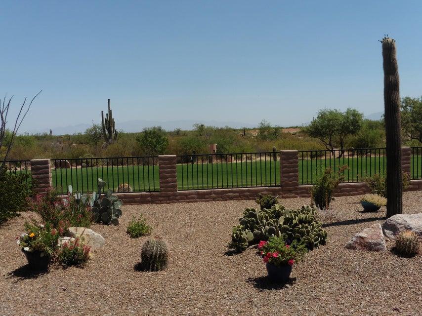 2325 E Coyote Wash Lane, Green Valley, AZ 85614