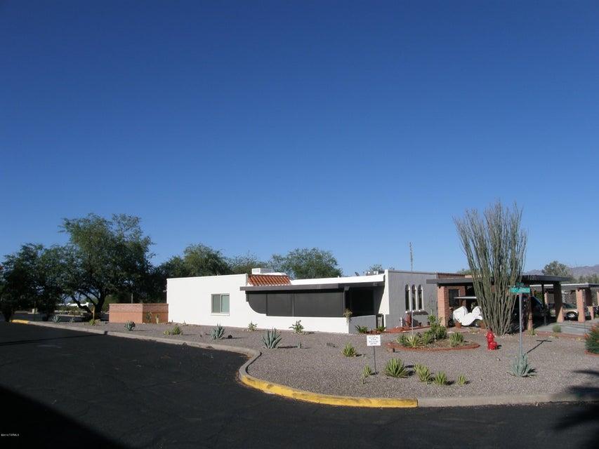 348 W Via Del Heroe, Green Valley, AZ 85614