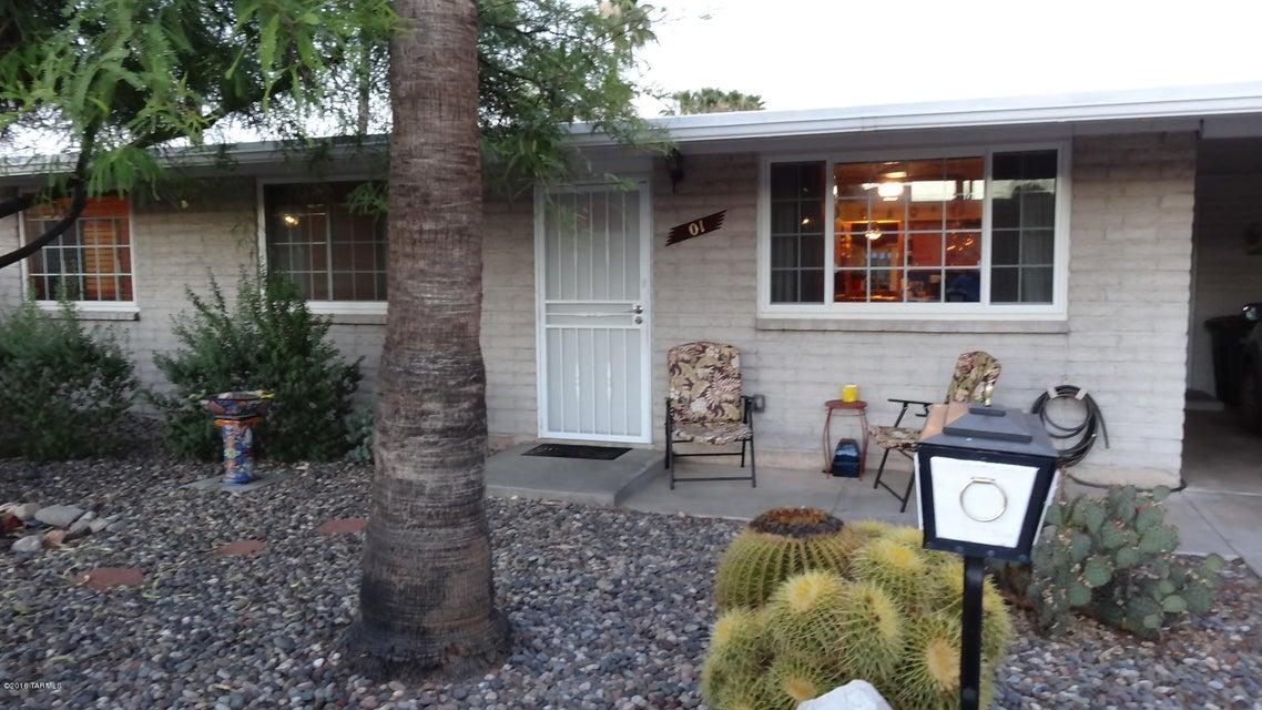 1 S Calcite Drive, Tucson, AZ 85745