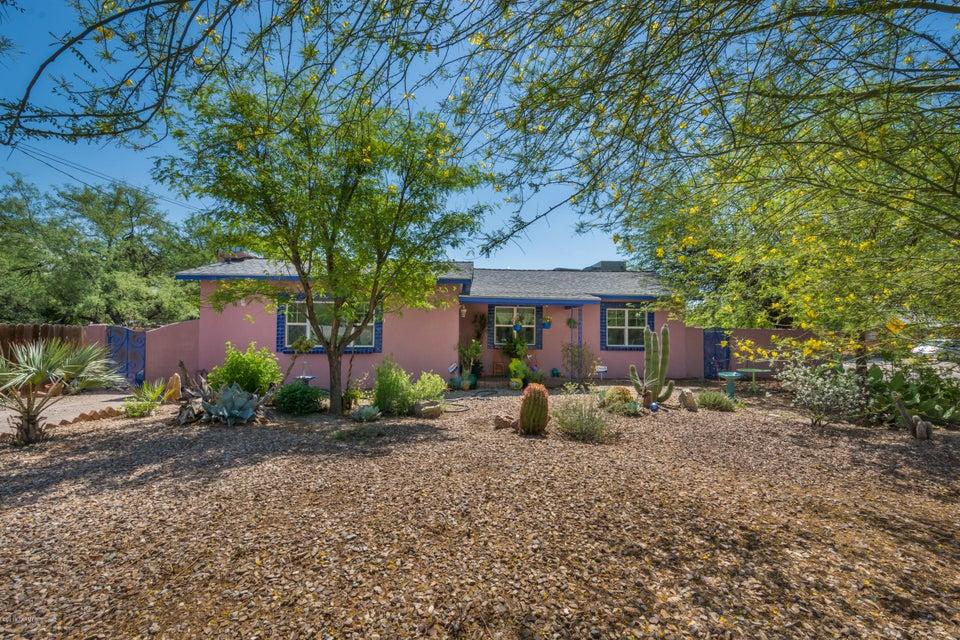3048 N Treat Avenue, Tucson, AZ 85716