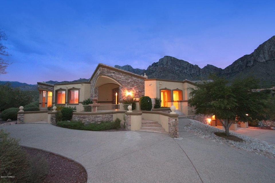 10310 N Cliff Dweller Place, Oro Valley, AZ 85737