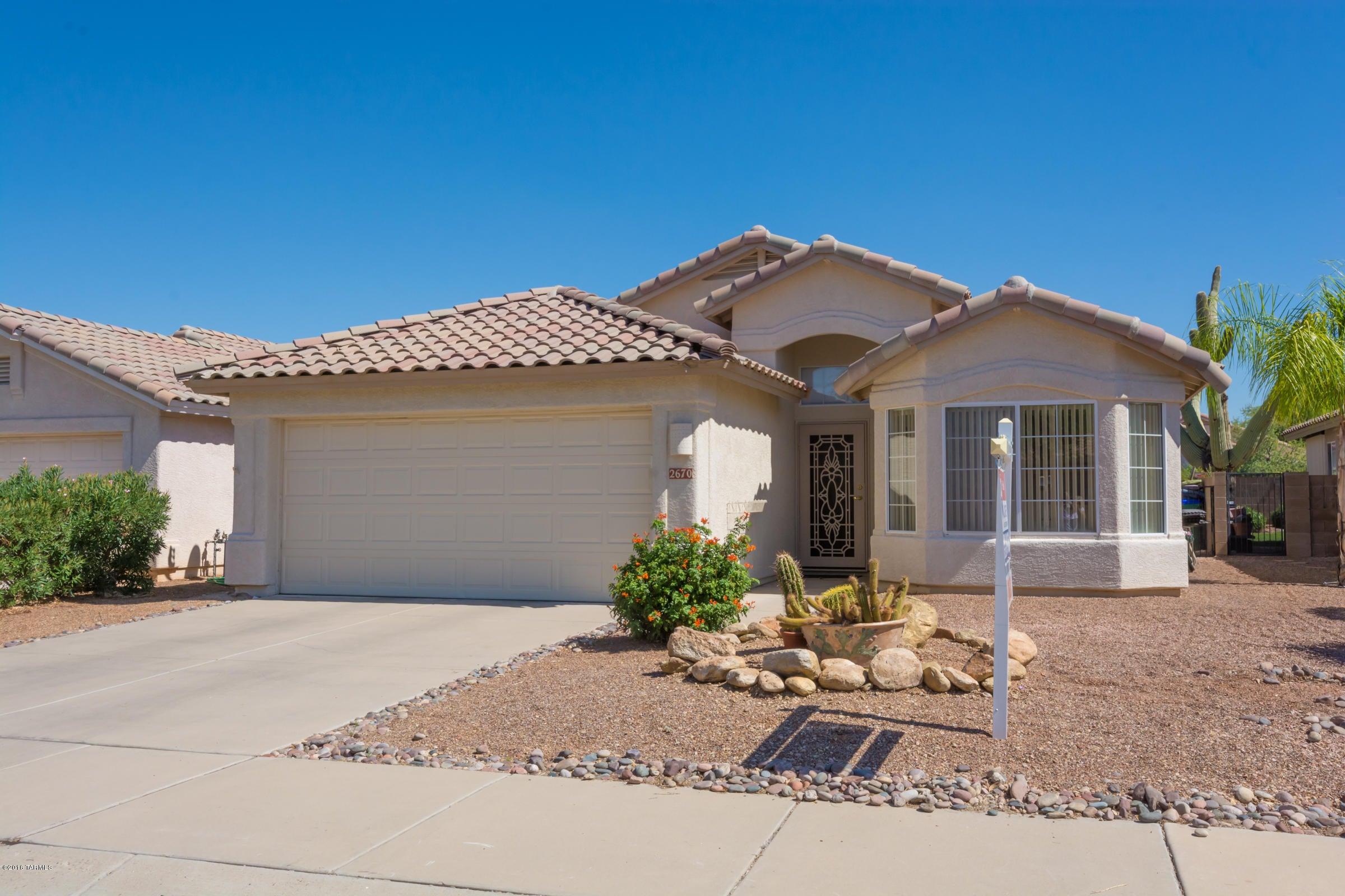 85742 homes for sale tucson az under 200 000 for Houses under 200000