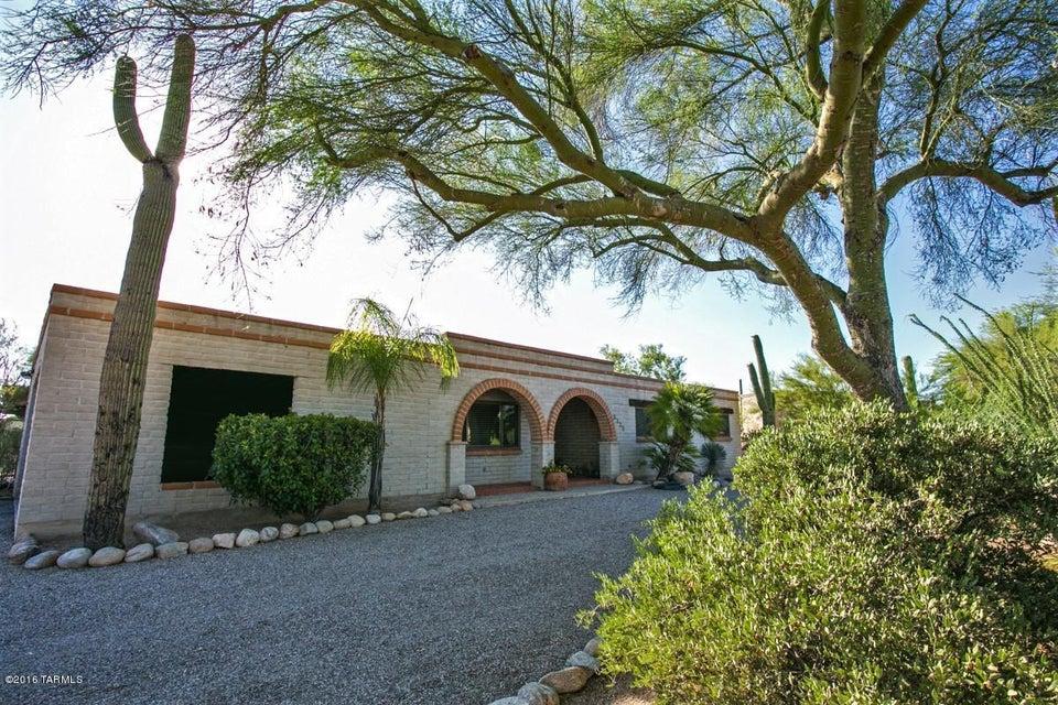 5335 N Northridge Drive, Tucson, AZ 85718