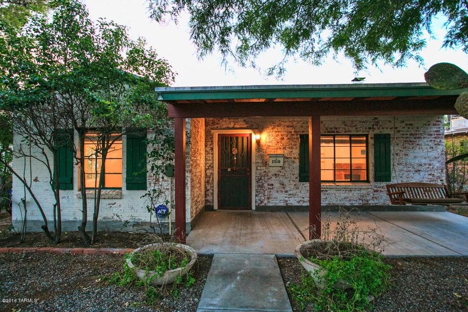 2310 E 1St Street, Tucson, AZ 85719