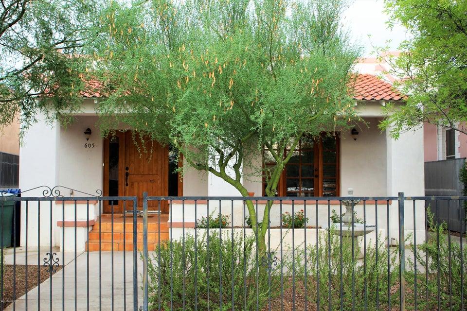 605 S 4Th Avenue, Tucson, AZ 85701