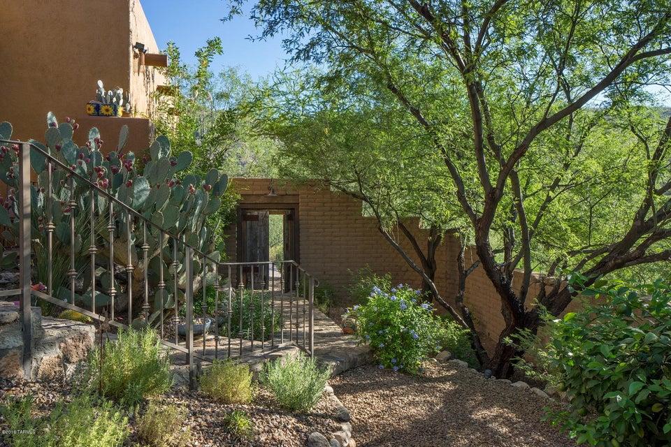 12699 E Horsehead Road, Tucson, AZ 85749
