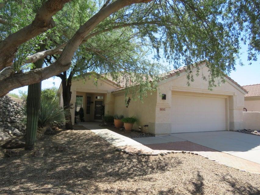 13226 N Silver Cholla Place, Marana, AZ 85658